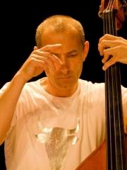 Pierre Léger - Contrebasse